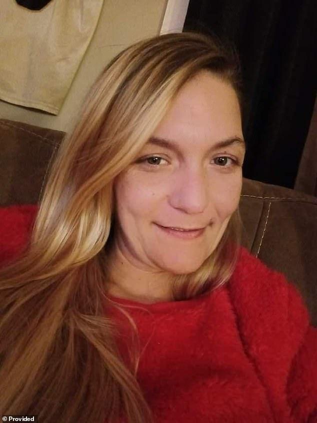 وبحسب ما ورد أخبرت بريتاني كورمير ، في الصورة ، القتلة الذين استأجرهم شقيقها أنها كانت الضحية