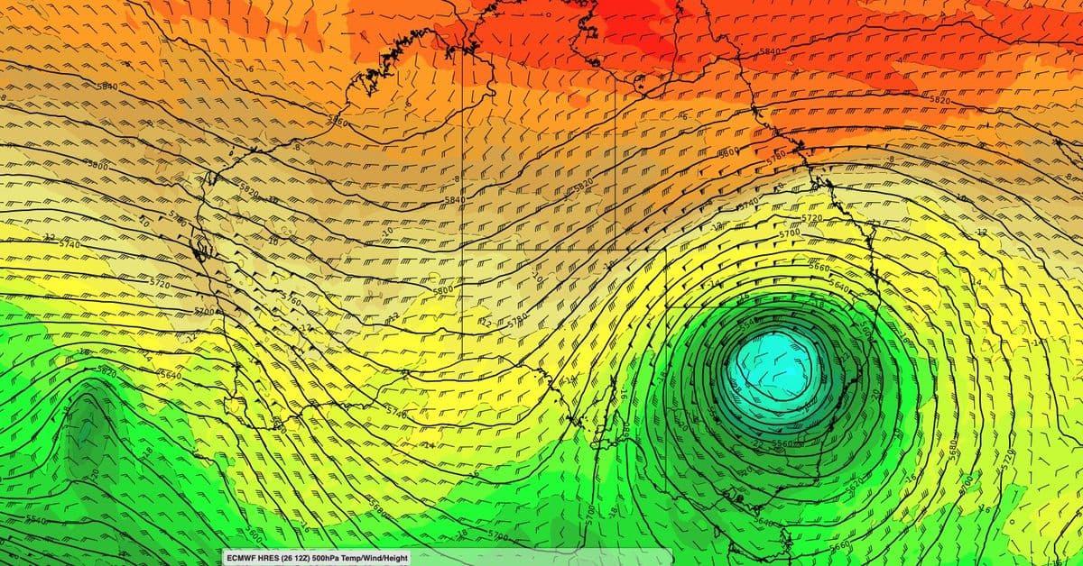 خبراء الطقس يحذرون من عواصف شديدة ورياح مدمرة في جنوب شرق أستراليا