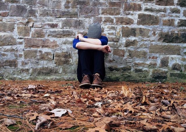 تعرف على المشاكل النفسية والاجتماعية التي تؤثر على المراهقين في أستراليا