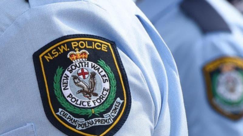 اتهام رجل من نيو ساوث ويلز باستغلال الأطفال واستمالتهم عبر الإنترنت