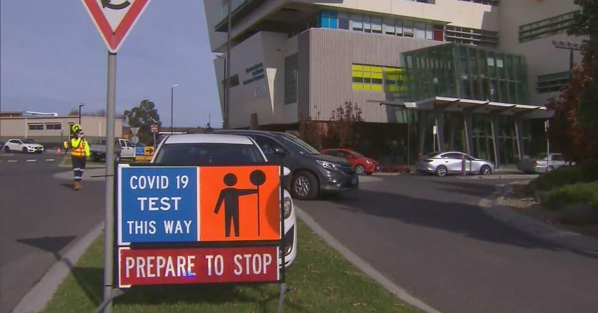 فيكتوريا: الفوضى الكبيرة في عيادات اختبار فيروس كورونا دفعها للإغلاق