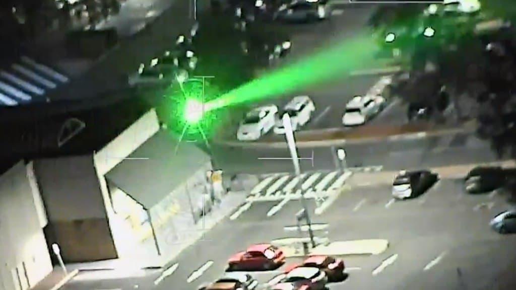 مخربون يوجهون أشعة الليزر على مروحية الشرطة نيو ساوث ويلز