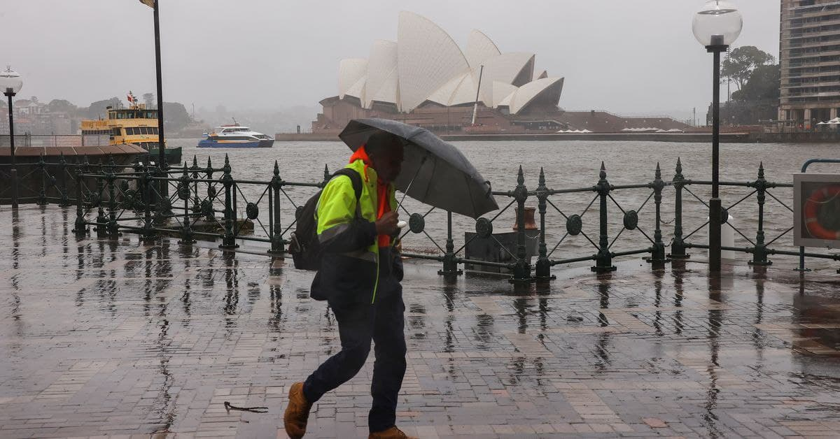 الساحل الشرقي لأستراليا غارق في الأمطار الغزيرة
